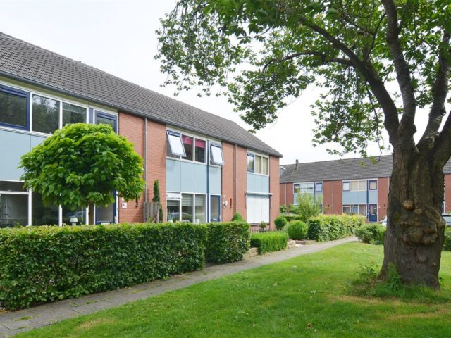 Beautiful home in cosey Dutch village: Dedemsvaart